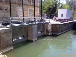 Canal del Marge Esquerre, río Ebro, Tarragona (España)